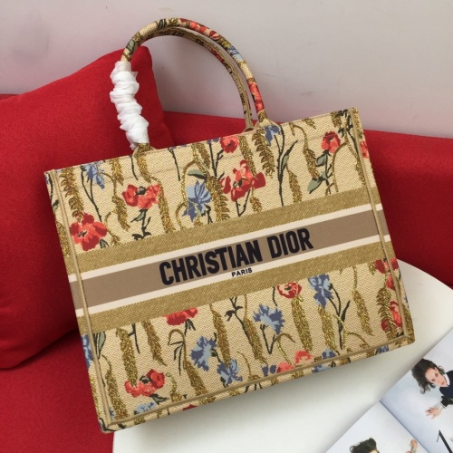 Christian Dior AAA Handbags For Women #825800