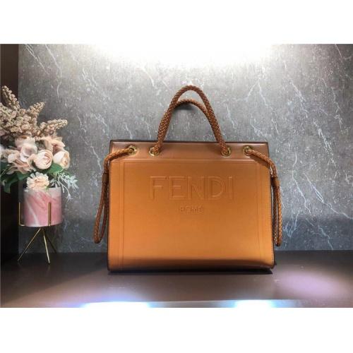 Fendi AAA Quality Tote-Handbags For Women #826168