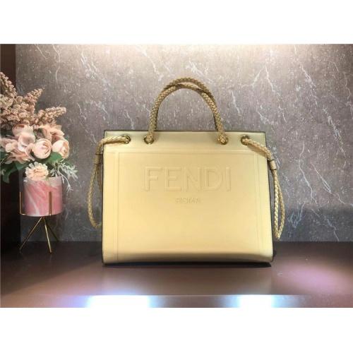 Fendi AAA Quality Tote-Handbags For Women #826171