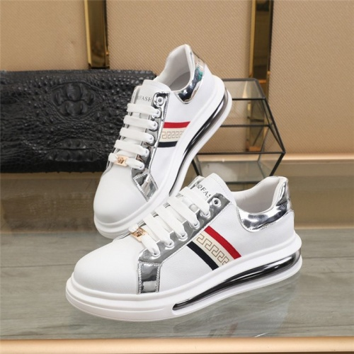 Versace Casual Shoes For Men #826269