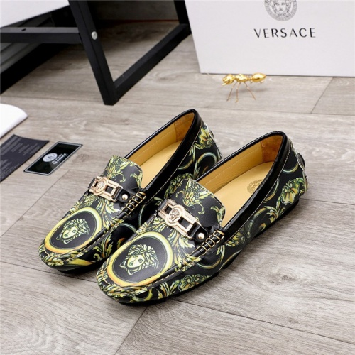 Versace Casual Shoes For Men #826679