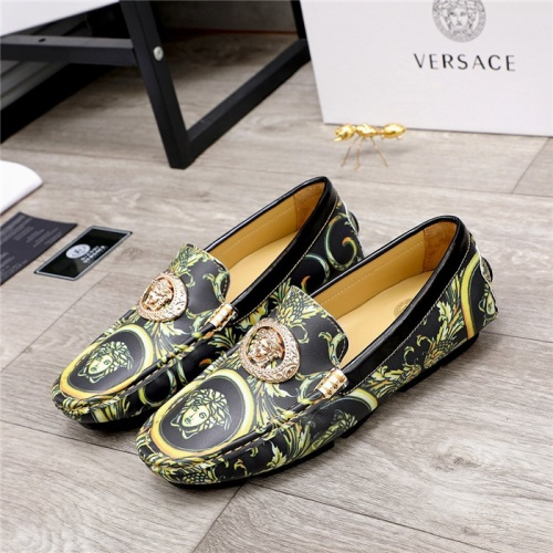 Versace Casual Shoes For Men #826680
