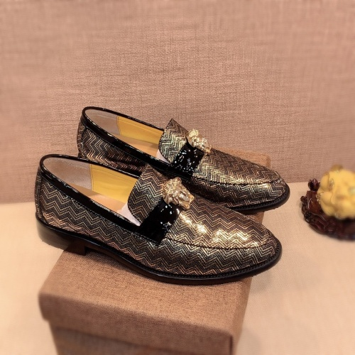 Versace Leather Shoes For Men #826947