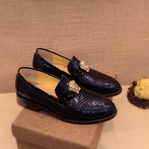 Versace Leather Shoes For Men #826953