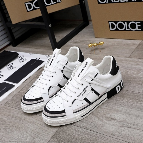 Dolce & Gabbana D&G Casual Shoes For Men #827027