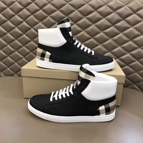 Burberry High Tops Shoes For Men #827047