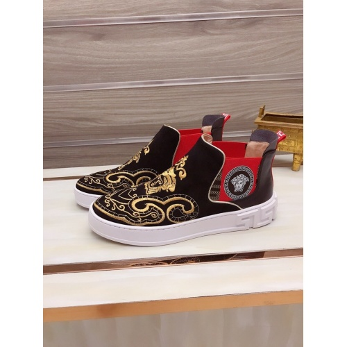 Versace High Tops Shoes For Men #827067