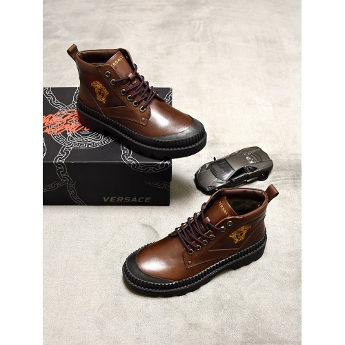 Versace Boots For Men #827076
