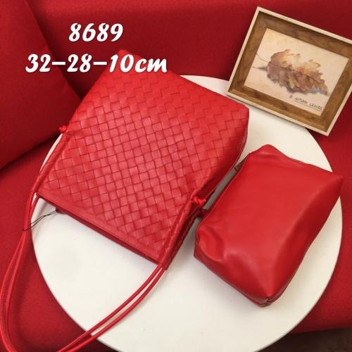 Bottega Veneta BV AAA Handbags For Women #827563