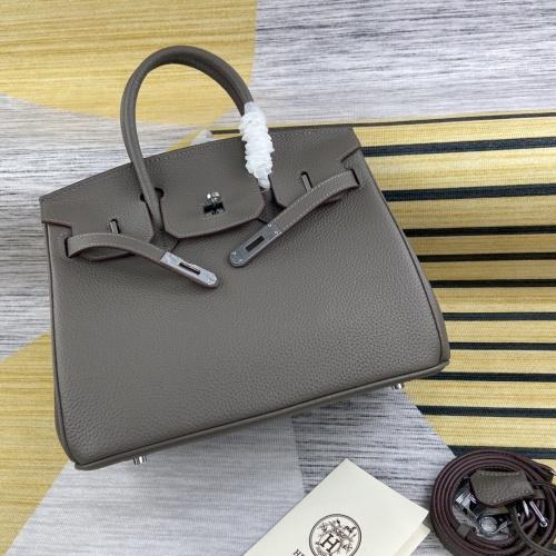 Hermes AAA Quality Handbags For Women #827600