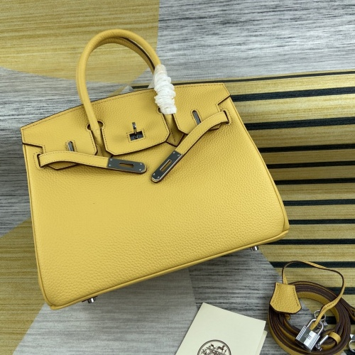 Hermes AAA Quality Messenger Bags For Women #827609