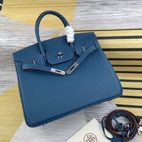 Hermes AAA Quality Messenger Bags For Women #827610