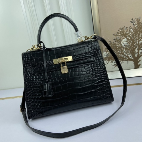 Hermes AAA Quality Messenger Bags For Women #827612
