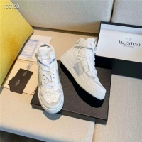 $118.00 USD Valentino High Tops Shoes For Men #823335