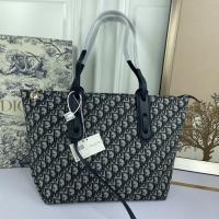 $85.00 USD Christian Dior AAA Handbags For Women #824909