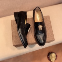 $80.00 USD Versace Leather Shoes For Men #826949