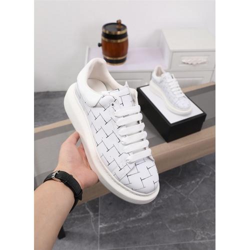 Alexander McQueen Casual Shoes For Men #827803