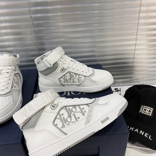 Christian Dior High Tops Shoes For Men #827962