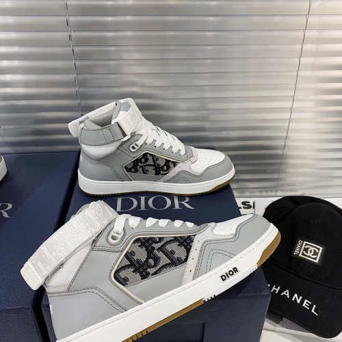 Christian Dior High Tops Shoes For Women #827967