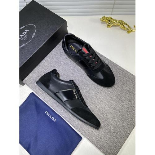 Prada Casual Shoes For Men #828119