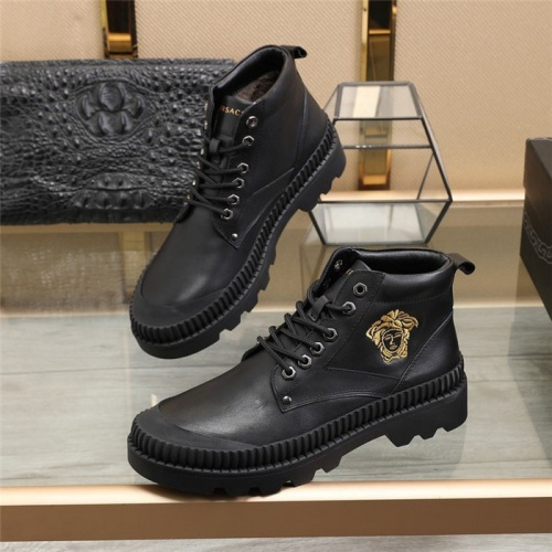 Versace Boots For Men #828338