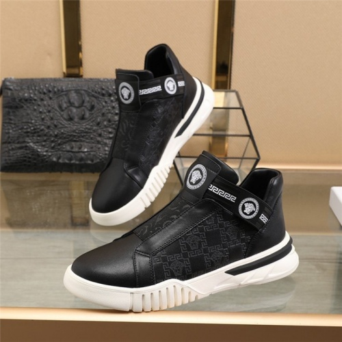 Versace Casual Shoes For Men #828340 $82.00, Wholesale Replica Versace Casual Shoes