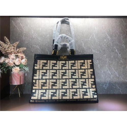 Fendi AAA Quality Tote-Handbags For Women #828543