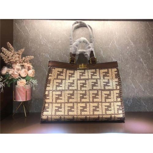 Fendi AAA Quality Tote-Handbags For Women #828545