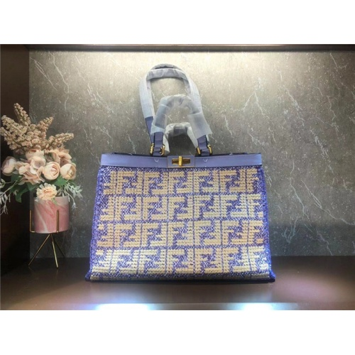 Fendi AAA Quality Tote-Handbags For Women #828546