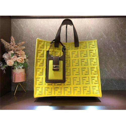 Fendi AAA Quality Tote-Handbags For Women #828549