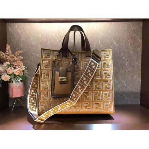 Fendi AAA Quality Tote-Handbags For Women #828550