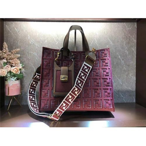 Fendi AAA Quality Tote-Handbags For Women #828553
