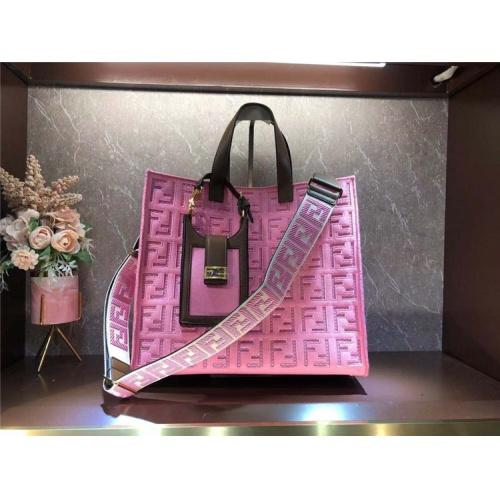 Fendi AAA Quality Tote-Handbags For Women #828556