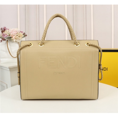 Fendi AAA Quality Tote-Handbags For Women #828558
