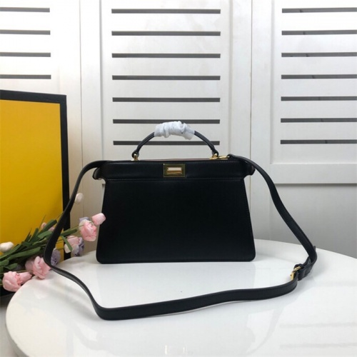 Fendi AAA Quality Handbags For Women #828571