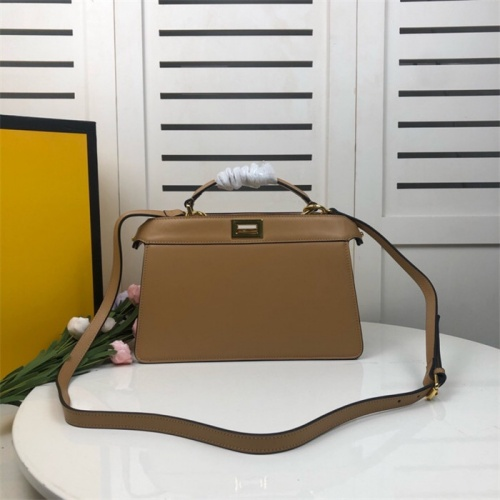 Fendi AAA Quality Handbags For Women #828572
