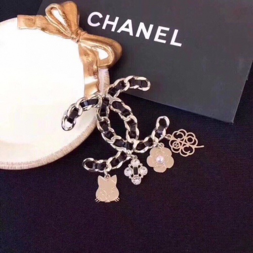 Chanel Brooches #828769