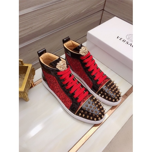 Versace High Tops Shoes For Men #829124