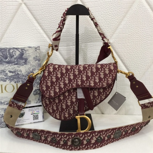 Christian Dior AAA Quality Messenger Bags For Women #829322