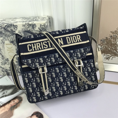 Christian Dior AAA Quality Messenger Bags For Women #829347