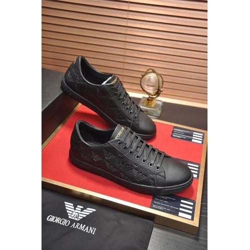 Armani Casual Shoes For Men #829404