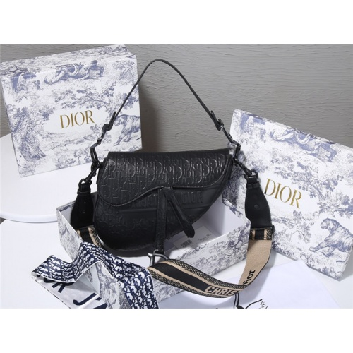 Christian Dior AAA Quality Messenger Bags For Women #829485