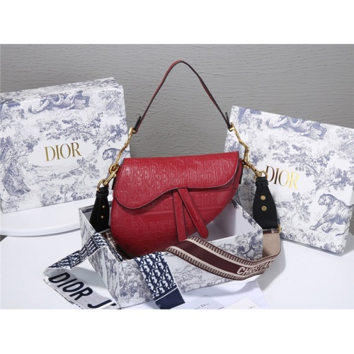 Christian Dior AAA Quality Messenger Bags For Women #829486