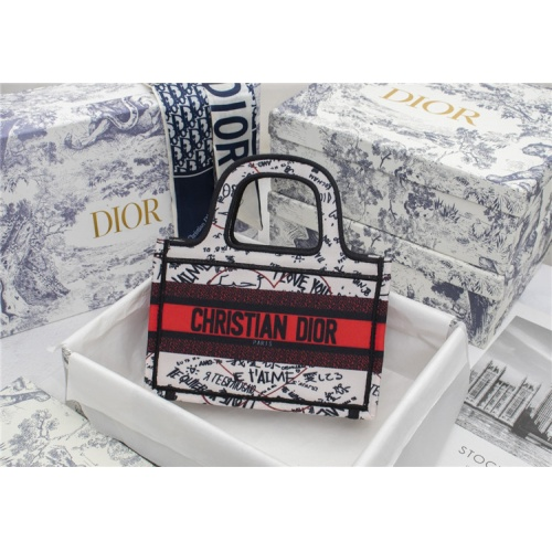 Christian Dior AAA Quality Tote-Handbags For Women #829496