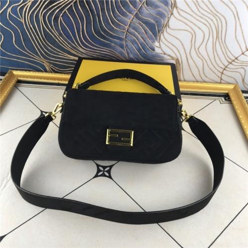 Fendi AAA Quality Messenger Bags For Women #829505