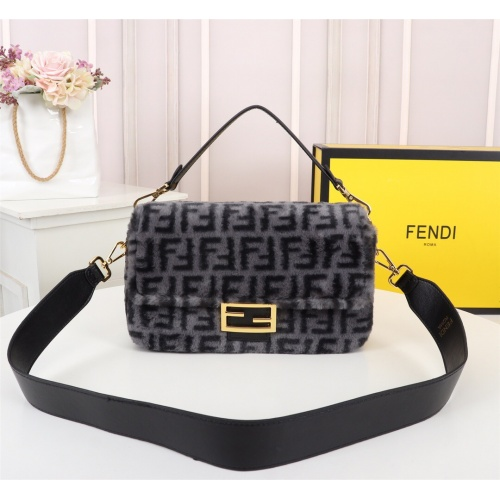 Fendi AAA Messenger Bags For Women #829613