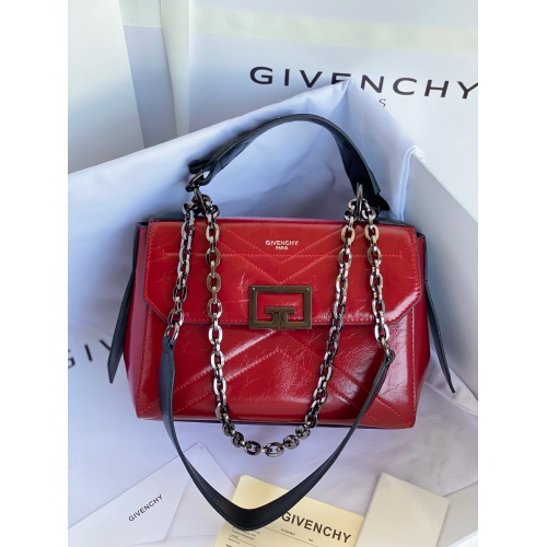 Givenchy AAA Quality Messenger Bags For Women #829746