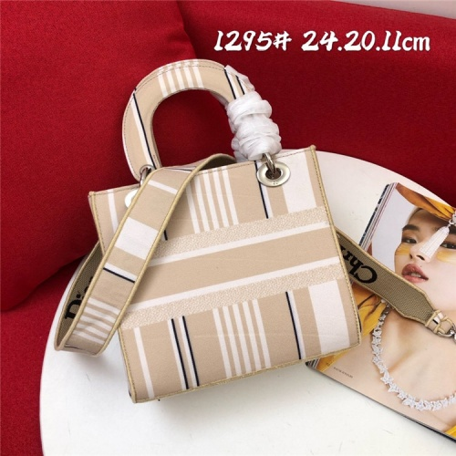 Replica Christian Dior AAA Quality Handbags For Women #829794 $96.00 USD for Wholesale
