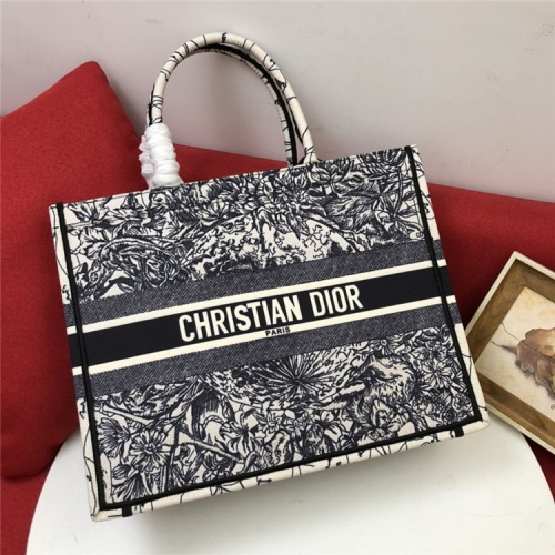 Christian Dior AAA Quality Tote-Handbags For Women #829840