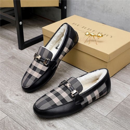 Burberry Casual Shoes For Men #829858